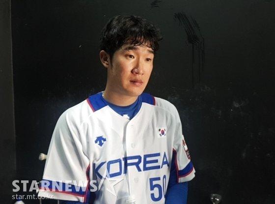 21일 훈련 뒤 기자들과 만난 박종훈. /사진=박수진 기자