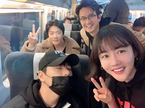 영화 '히트맨'에 출연하는 배우 황우슬혜, 정준호, 권상우, 이이경 /사진=황우슬혜 인스타그램