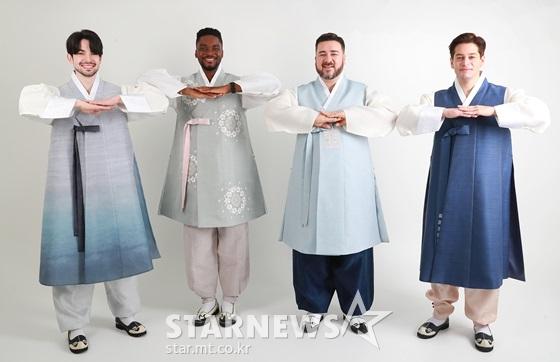 로빈 데이아나(왼쪽부터), 샘 오취리, 샘 해밍턴, 브루노 /사진=이동훈 기자