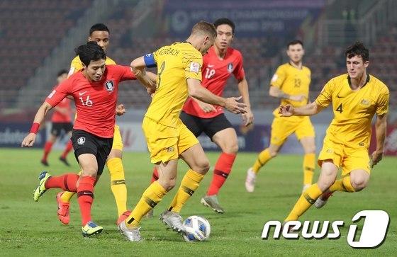 대회 4강전이었던 한국과 호주(노란색 유니폼)의 경기. /사진=뉴스1