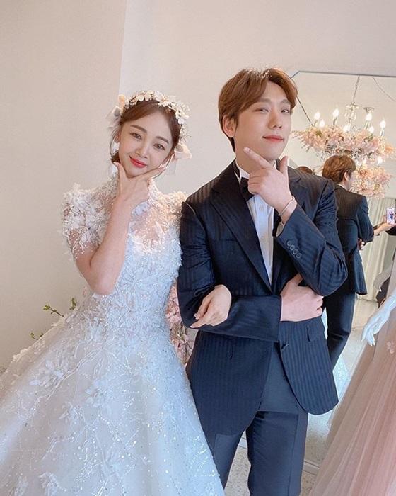 김보미(왼쪽)와 윤전일 /사진=김보미 인스타그램