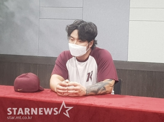 차분히 인터뷰에 임하고 있는 박병호. /사진=박수진 기자