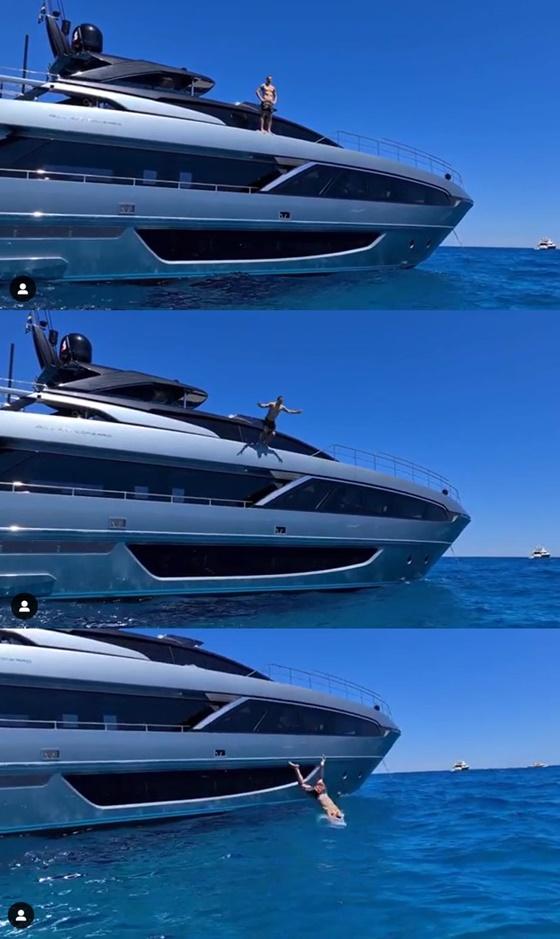 바다로 뛰어든 즐라탄 이브라히모비치. /사진=즐라탄 이브라히모비치 인스타그램 캡처