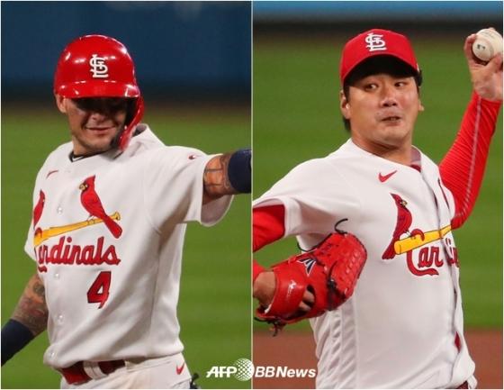 개인 통산 2000안타를 때려낸 몰리나(왼쪽)와 김광현. /AFPBBNews=뉴스1