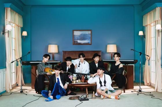 방탄소년단(BTS) 'BE'(Deluxe Edition) 콘셉트 포토