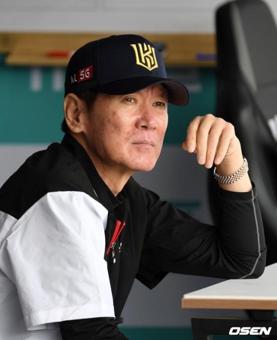이강철 KT 위즈 감독.