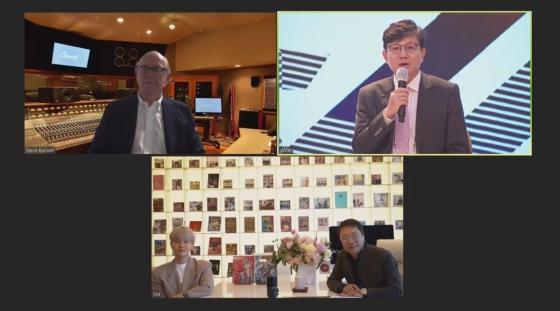 """이수만 """"걸그룹 에스파, 미래 엔터테인먼트 시작을 열게 될 SMCU 첫 프로젝트"""""""