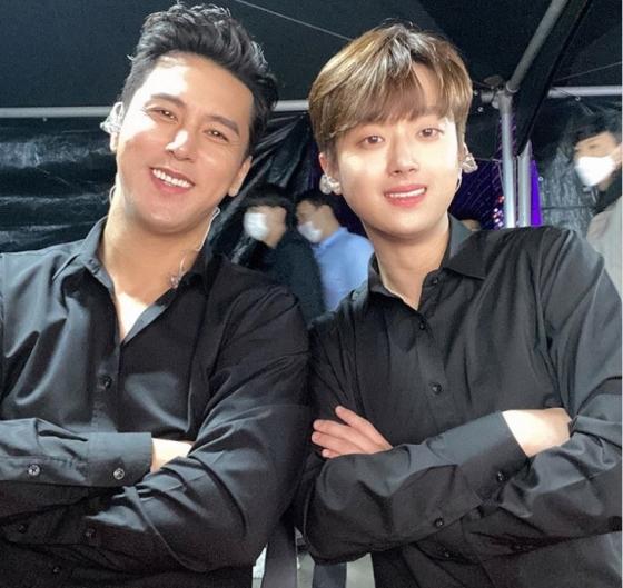 가수 장민호(왼쪽)와 이찬원 / 사진출처=장민호 SNS