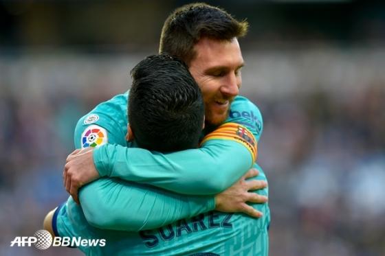 바르셀로나 시절의 메시와 수아레스. /AFPBBNews=뉴스1