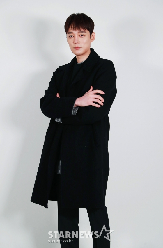 배우 전승빈이 혼인신고를 한 심은진 그리고 전 아내의 이혼과 관련한 의혹에 대해 해명했다./사진=이동훈 기자 photoguy@
