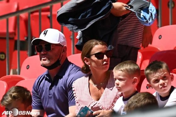 웨인 루니(왼쪽)와 가족들. /AFPBBNews=뉴스1