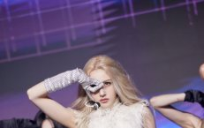 전소미 '춤추는 인형'