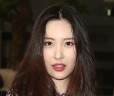 선미, 매혹적인 붉은 입술