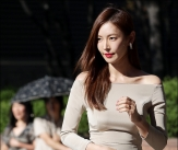 김소연, '콜라병 몸매'