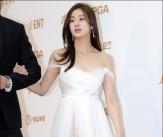 강소라, '여신 드레스 자태'