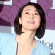 김윤진, 빛나는 미소