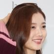 김유정, 물씬 풍기는 여성미