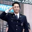 시골경찰로 변신한 배우들