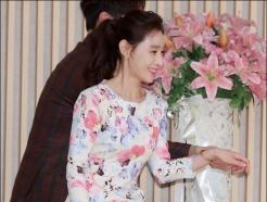 도지원, '나이 가늠하기 힘든 몸매와 미모'
