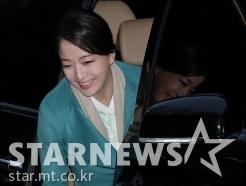 노현정, '정주영 명예회장 17주기 참석'