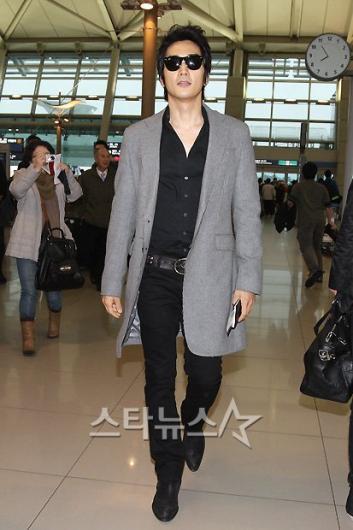 [★포토]송승헌, 멋스러운 공항패션!