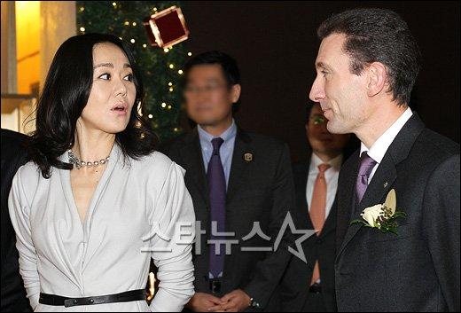 [★포토]'파텍필립 런칭에 참석한 김윤진'