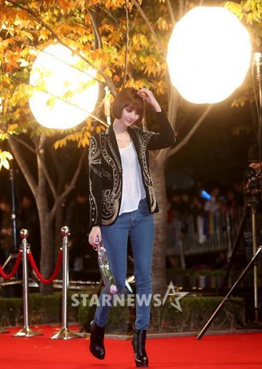 [★포토]고준희, '청바지 입고 레드카펫'