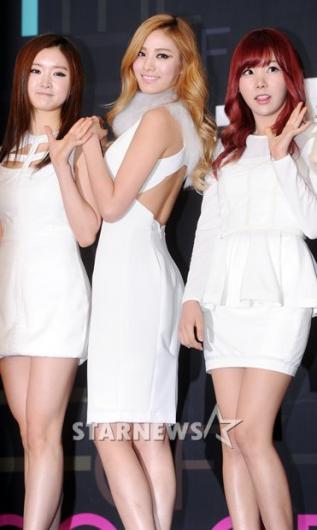 [★포토]나나 '제 뒤태 어때요?'