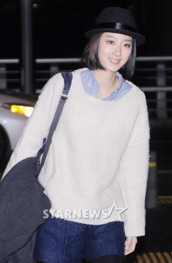 [★포토]계륜미 '편안한 흰색 스웨터입고!'