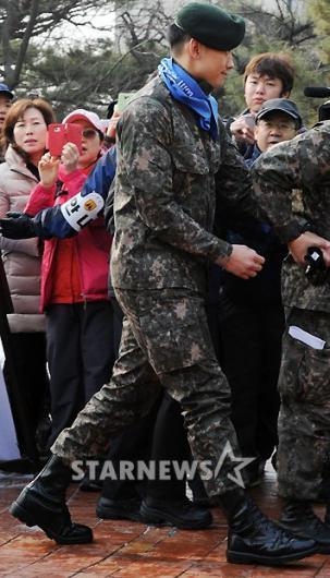 [★포토]김태희의 남자 비, '걷기대회 참석했어요'