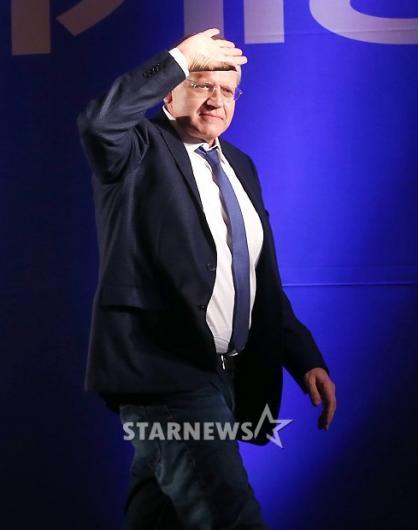 [★포토]로버트 저메키스 감독, '조명에 눈이 부시네'