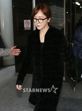 이승연 프로포폴 불법투약혐의로 3차 공판 후 귀가