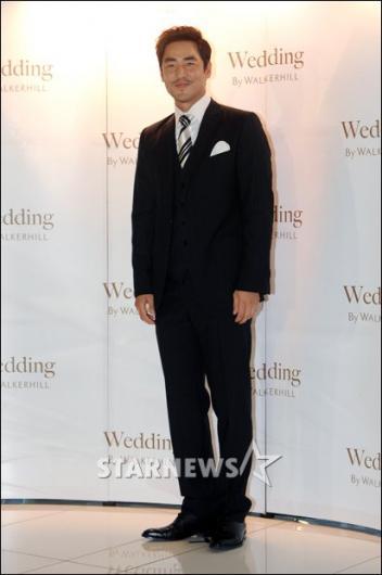 """[★포토]김성수 """"결혼식 사회 맡았습니다!"""""""