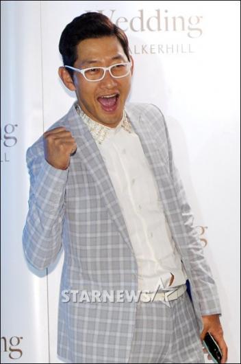 [★포토]김창렬 '결혼식 2부 사회는 제가!'
