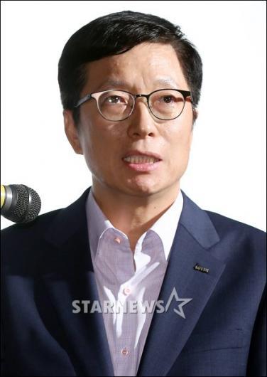 [★포토]인사말 하는 차원천 대표