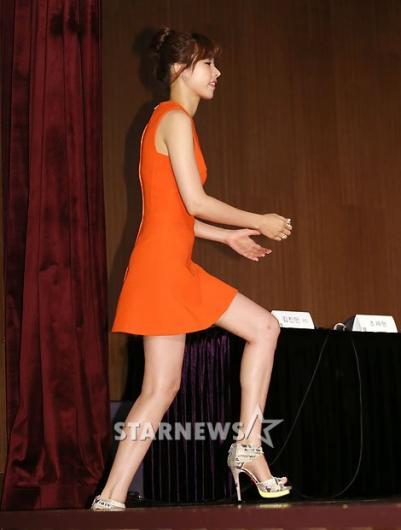 [★포토]조윤희, '아찔한 킬힐과 초미니'