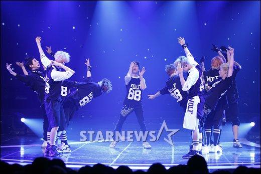 [★포토]EXO, 에너지 넘치는 퍼포먼스!