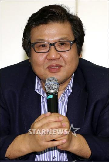 [★포토]인사말 하는 김영두 대표
