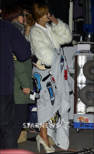 [★포토]효린, 너무 추워요!
