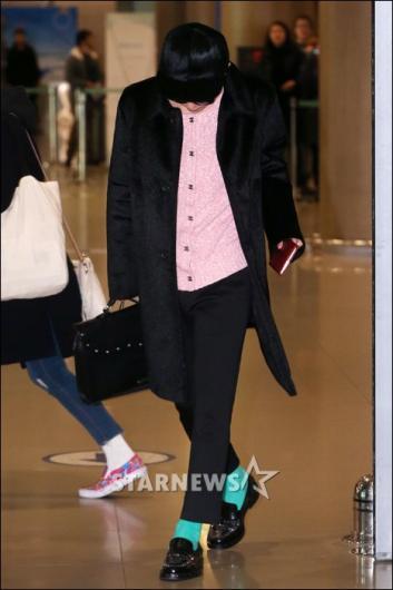 [★포토]지드래곤, 고개 숙인채 입국