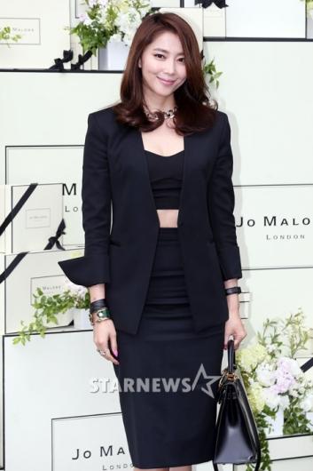 [★포토]오윤아, 자신감 넘치는 시원한 패션