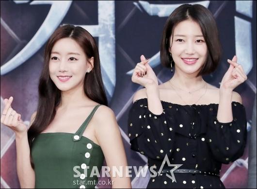 [★포토]오승아-서해원, '미녀들의 하트'