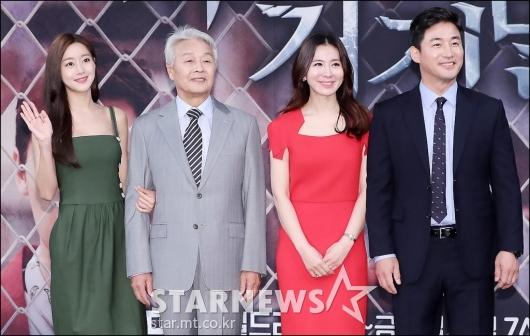 [★포토]오승아-서인석-이일화-전노민, '우린 한 가족'