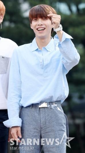 [★포토]우진영, '데뷔 무산 딛고 밝은 미소'