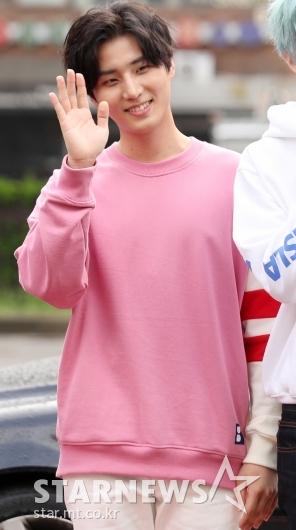 [★포토]영케이, '남자는 핑크'