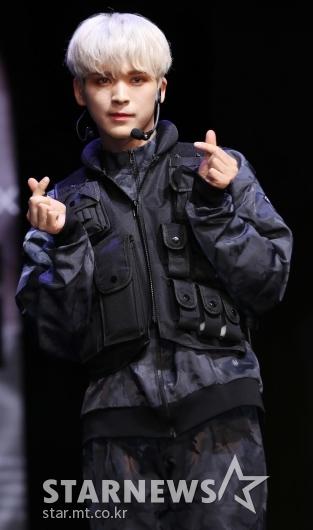 [★포토]현욱, '금발의 소년'