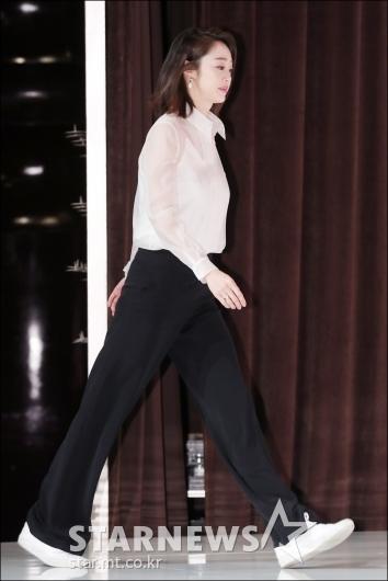 [★포토]최여진, '모델 출신의 긴 다리'