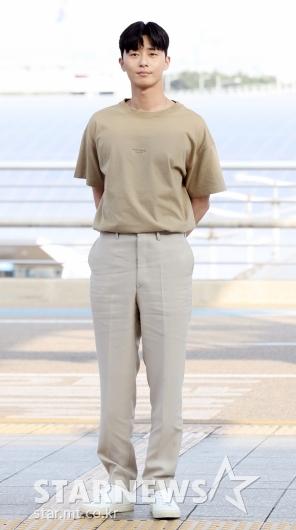 [★포토]박서준, '포상휴가 떠나는 이영준 부회장'