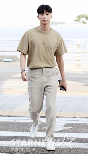 [★포토]박서준, 센스있는 '톤 온 톤' 패션