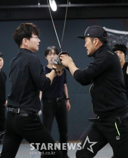 [★포토]이건명-김영호, '불꽃 튀는 신경전'